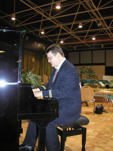 Lorg Piano1