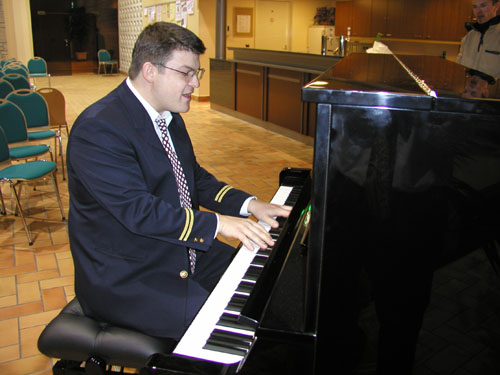 Lorg Piano2